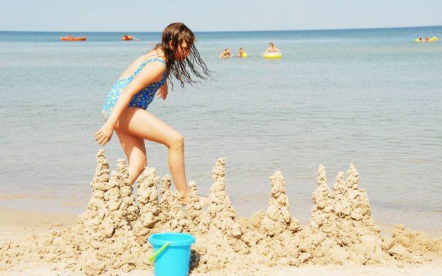 dzieci plaża 2
