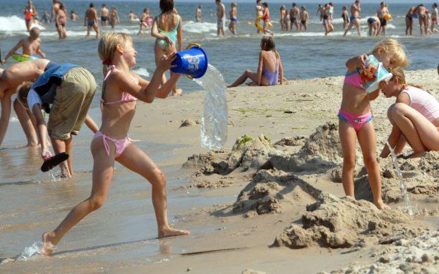 dzieci plaża 5